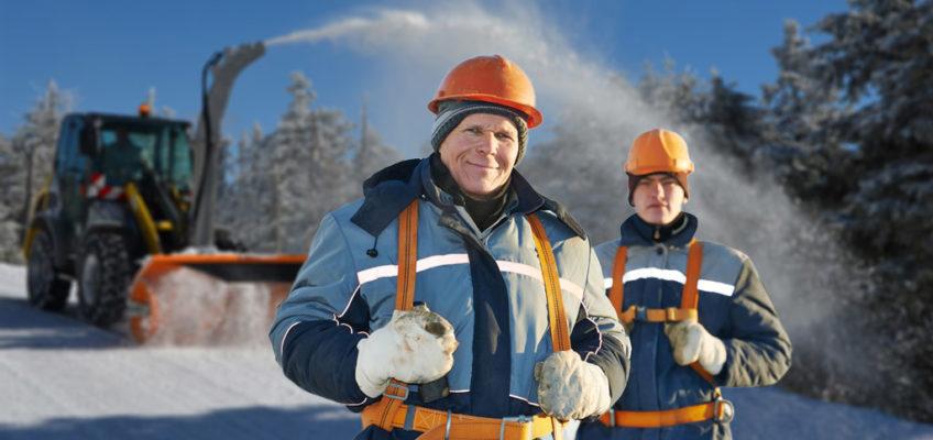 Munca sub zero grade: cum ne protejăm în sezonul rece?