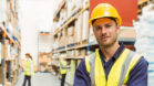 Ce îmbrăcăminte de protecție alegem pentru echipa din depozit?      4 criterii de luat în calcul